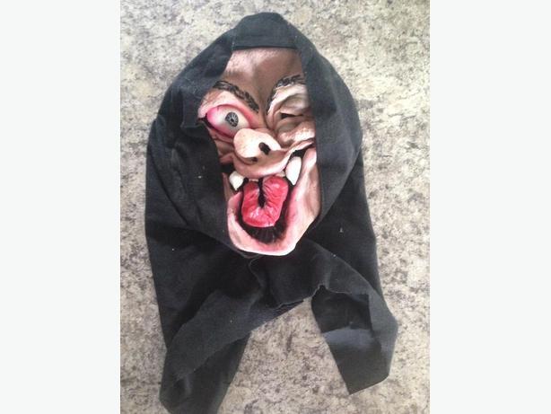 Crazy Hooded Clown Rubber Clown Mask