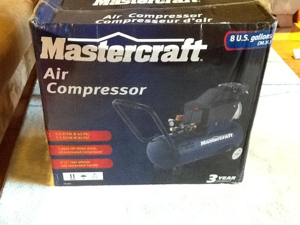 Mastercraft 8 gallon air compressor