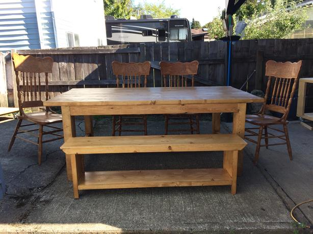 Farmhouse table & 4 pressback chairs