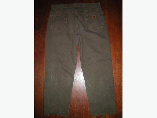 Mens size 38 Carhartts