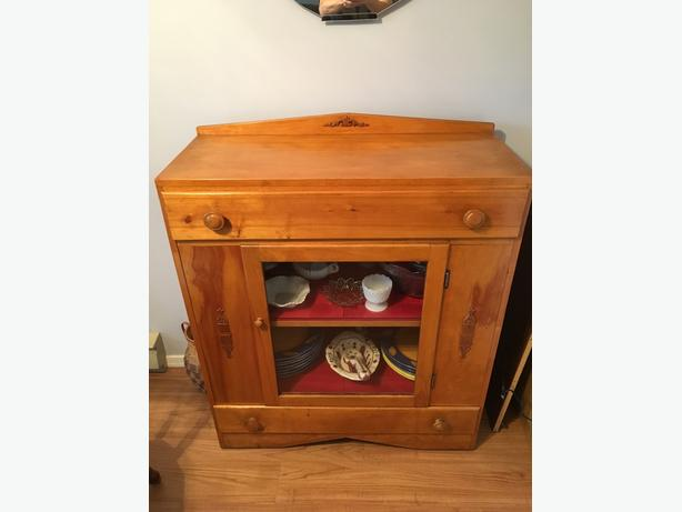 Vintage Pine Dining Hutch - $250 (South Surrey)
