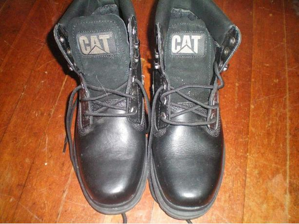 Mens size 7 CAT work boots