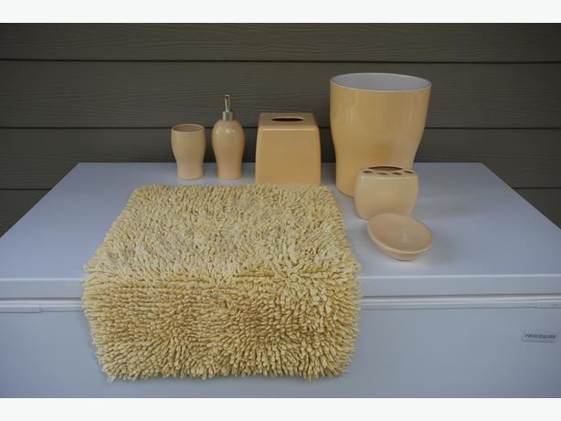 Complete 7-Piece Bathroom Accessories Set (yellow, ceramic) Worth $115