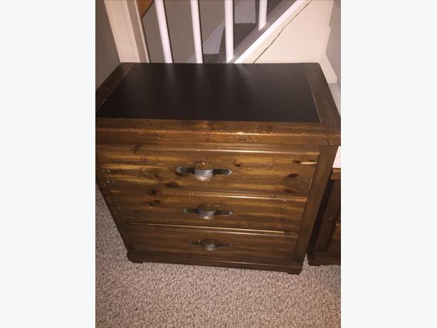 Vintage Solid Wood Bedroom Furniture