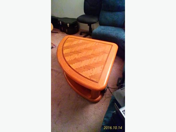 Lifting Top Coffee Table - for Sectional Sofa - $175 (South Surrey)