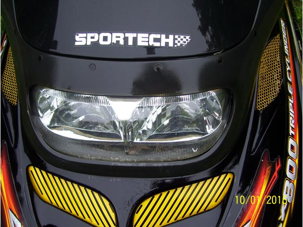 Skidoo Mach Z MXZ Summit Formula lll Deluxe GSX GTX Summit headlight