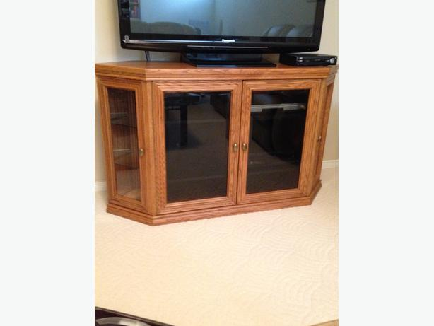 Oak, Corner - TV / Media Unit
