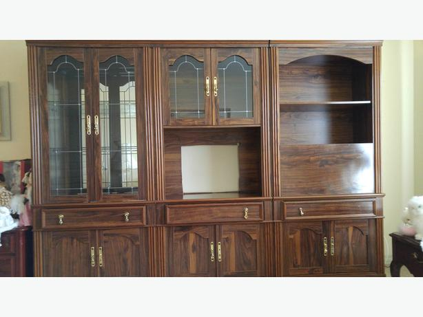 Three-piece Wall Unit
