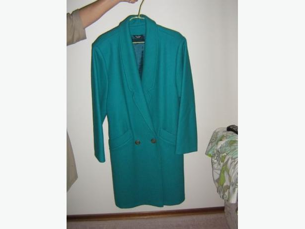 Ladies - Heavy Wool Coat