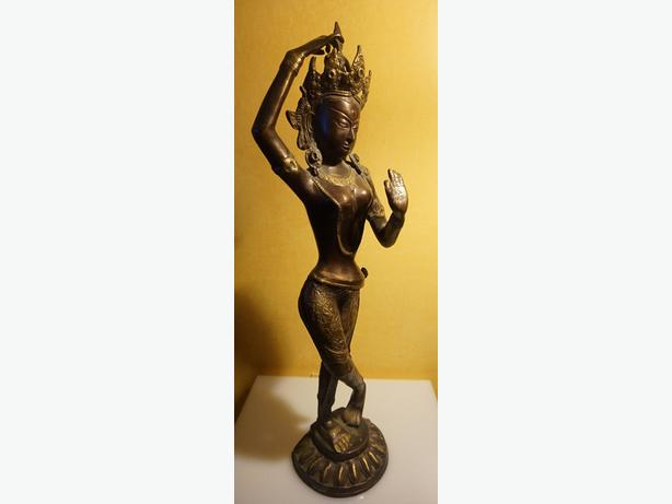 4U2C BRONZE TARA GODDESS 26 inches high