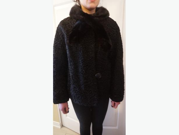 4U2C VINTAGE PERSIAN LAMB FUR SHORT COAT WITH MINK COLLAR