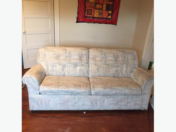 Free 2 seater couch with pull out bed victoria city for 2 seater pull out sofa bed