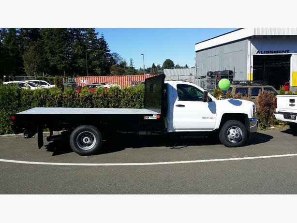 FLAT DECK!! 2016 Chevy Silverado 3500HD Diesel