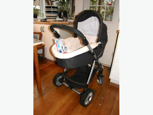 Norton Stroller with Bassinet