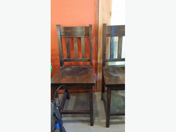 Solid Wood Bar Stool (Brand New)
