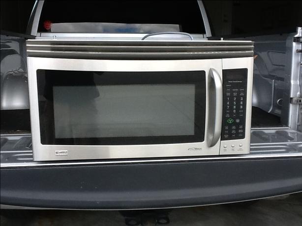Microwave/Hood combination