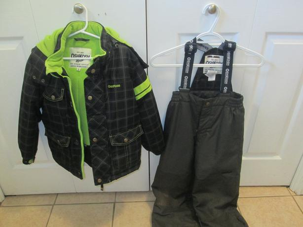 Osh Kosh Snowsuit - size 6