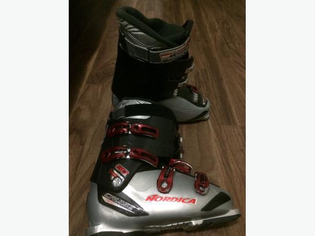 mens Nordica Ski boots