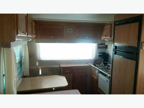 1991 Diplomat Fifth Wheel