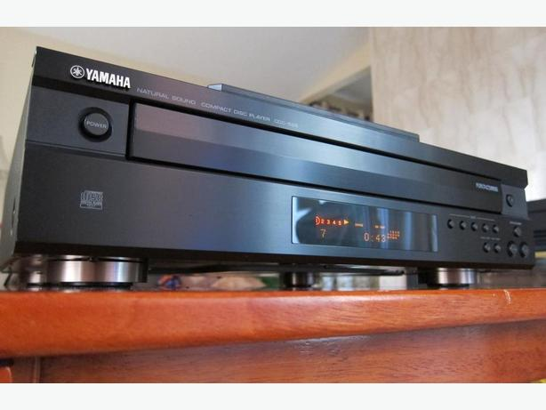 YAMAHA CDC-585 CD CHANGER CD PLAYER * NICE, WORKS GREAT *
