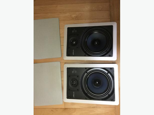 Pair of Polkaudio RC65i In-Wall Speakers