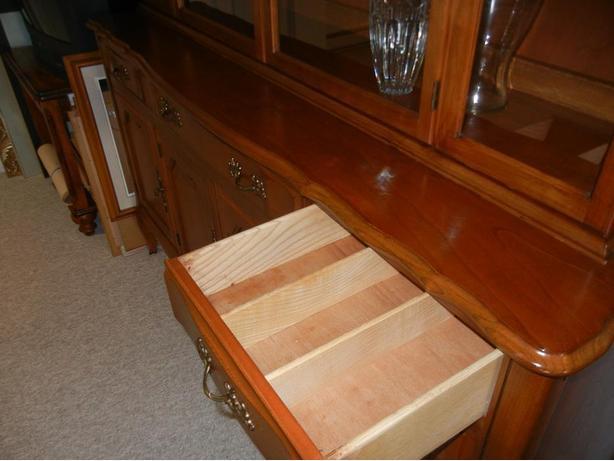 $200 (OBO) 2 piece Soild Cherry Wood Hutch must sale