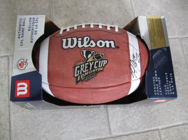 2002 GRE YCUP GAME BALL - 90TH GREY CUP IN EDMONTON