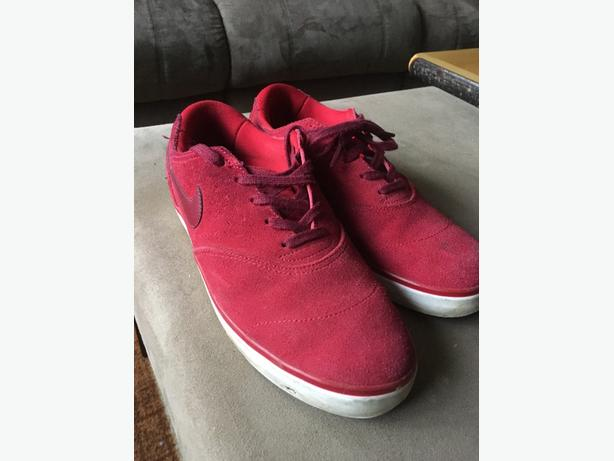 Red Nike Skate Shoes 8.5 Like New