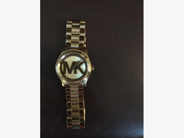 Michael kors woman's watch.