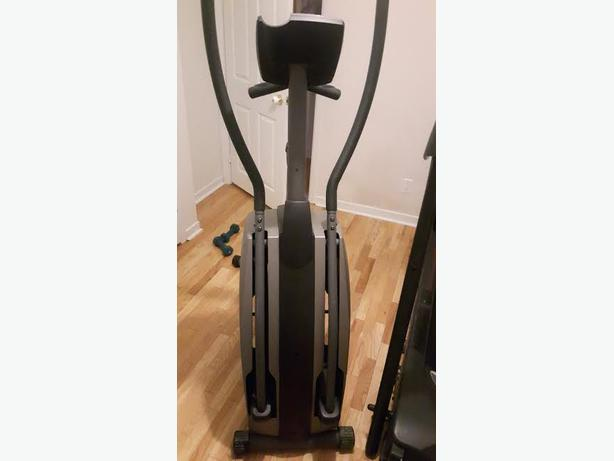 DiamondBack Fitness 300 Series Elliptical Trainer
