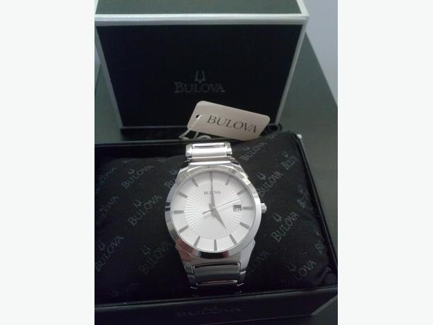 Men's Bulova Watch with White Dial.