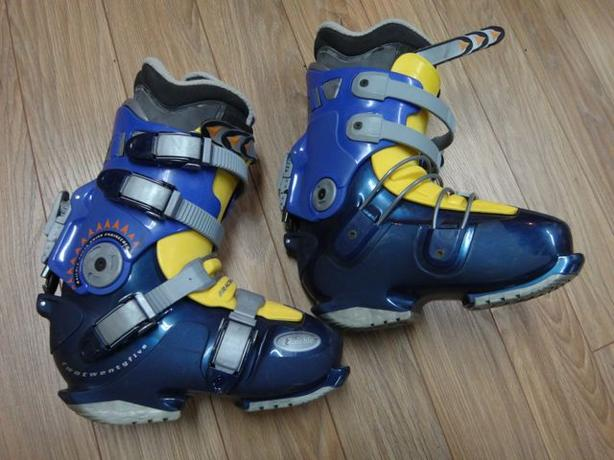 Raichle Alpine Snowboard Boots - Women's
