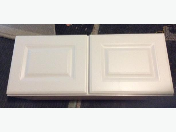 White upper cabinets 2/30$