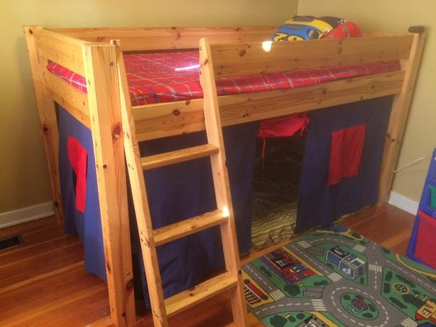 childs loft bed