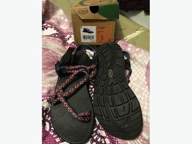 Brand New Chacos Women's Size 9