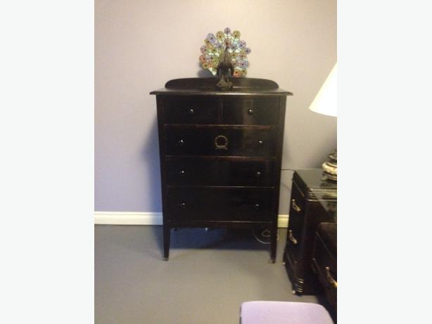 Antique 5 Drawer Dresser For Sale