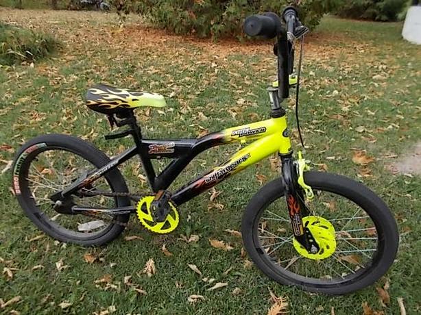Shift N Gears Boys Bike