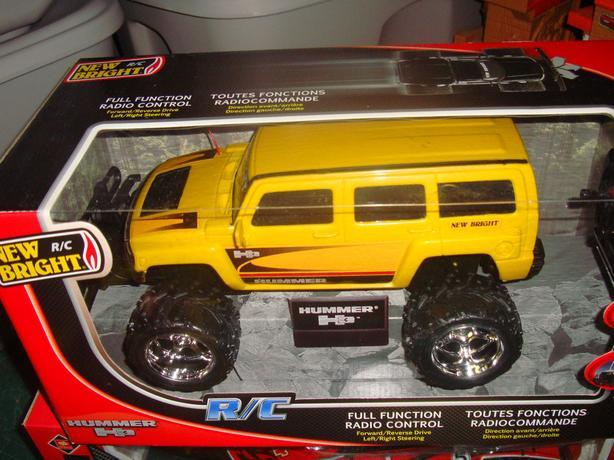 Brand New New Bright R/C SUV Yellow Hummer 1/16  - $35
