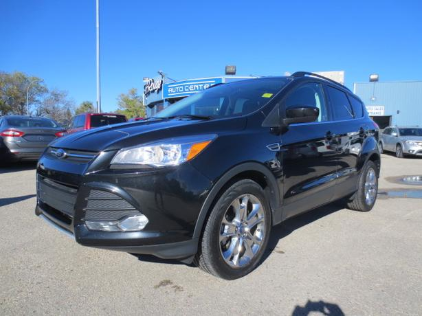 2014 FORD ESCAPE SE AWD - LTHR/NAV/SUNROOF