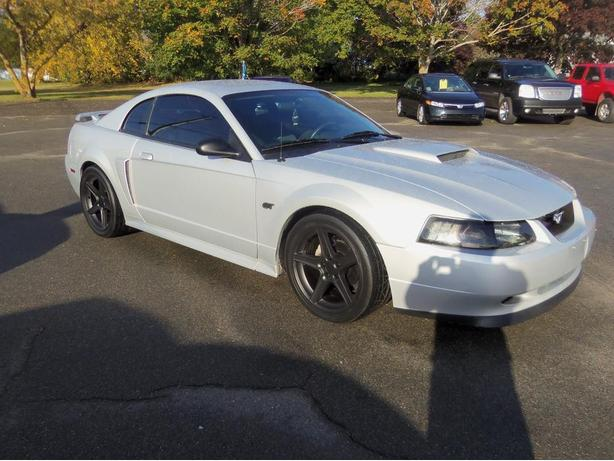 2002 FORD MUSTANG GT !! 5 SPEED MANUAL !! CLEAN CAR !!