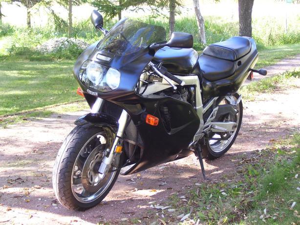 1992 suzuki gsxr 750 sportbike