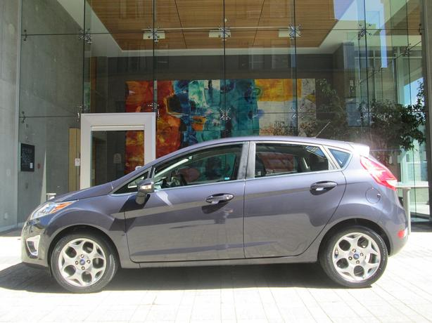 2012 Ford Fiesta SES - ON SALE! - FULLY LOADED! - 40,*** KM!