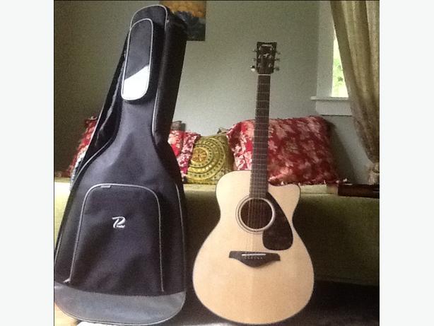 New Yamaha six string guitar