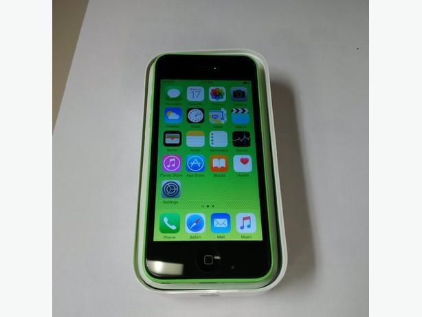 Unlocked iphone 5c 8GB - MINT