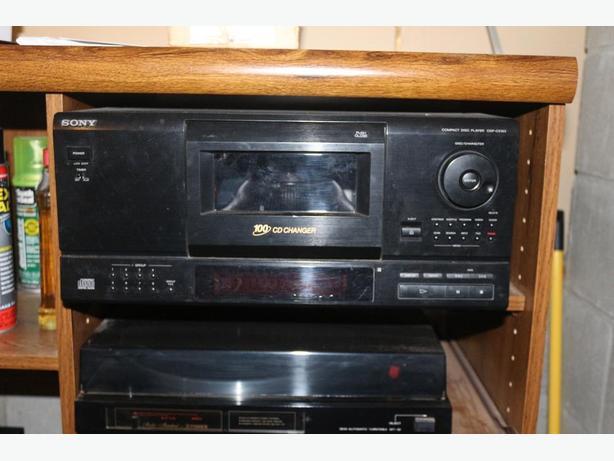 Sony 100 CD changer  CDP-CX153