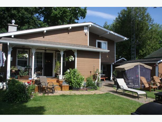 Chalet a louer Lac Simonet- Cottage for rent Lake Simonet