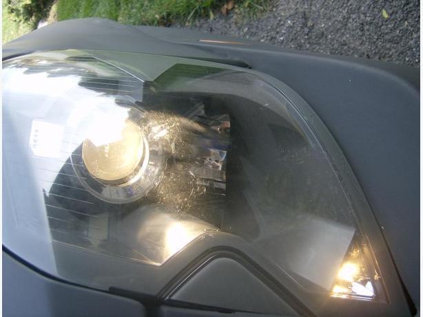 Cadillac CTS head light