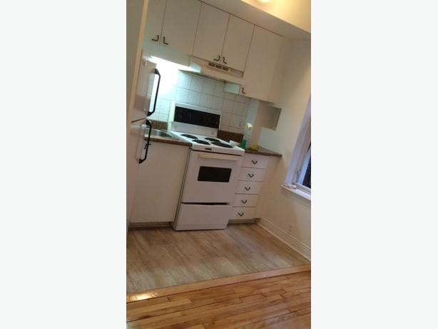 Montreal city centre apartment for rent!