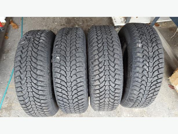 FOUR WINTER TIRES ON RIMS 185/65R 15