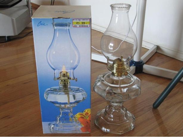 "Oil lamp 18""t"